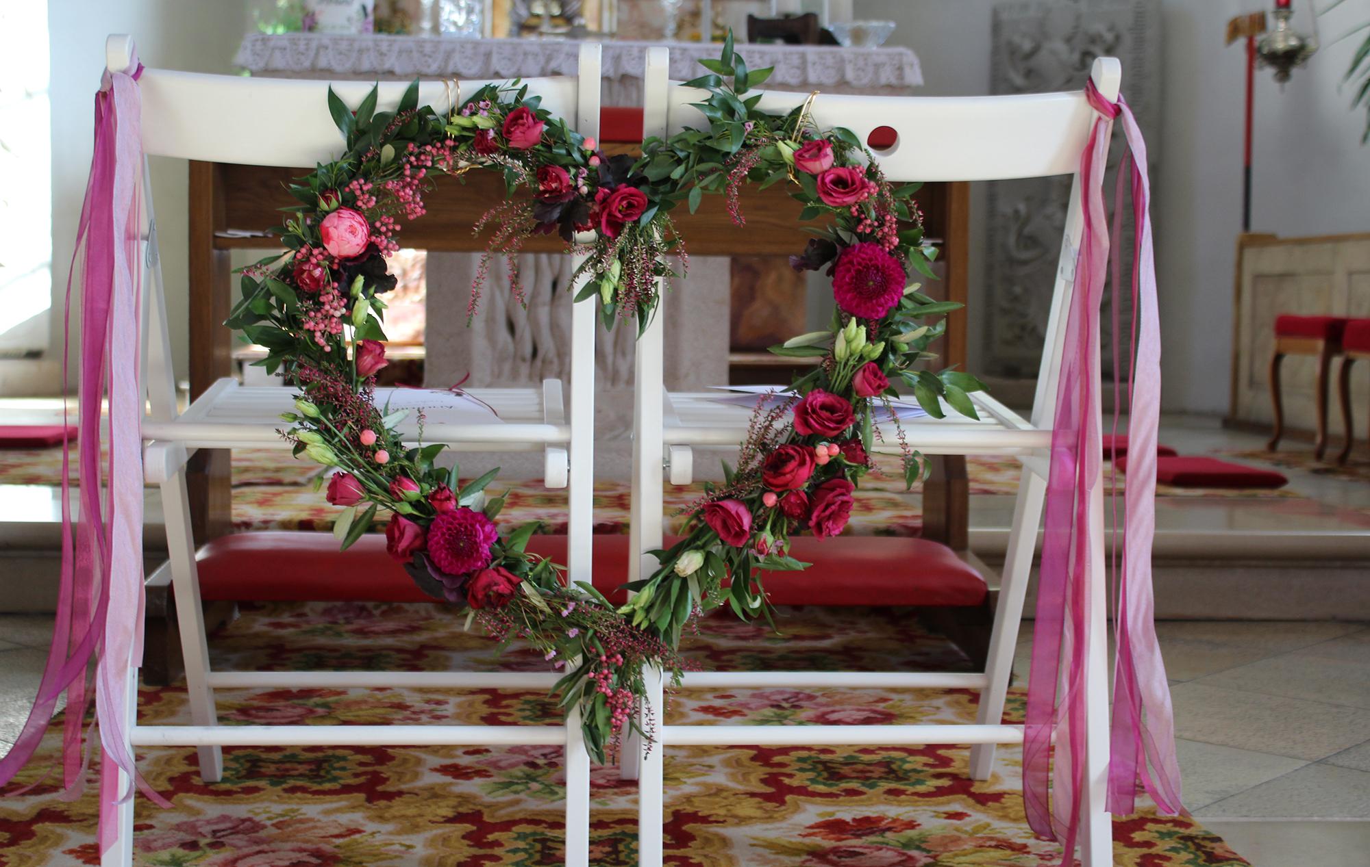 Kirche Dekoration Blumenschmuck