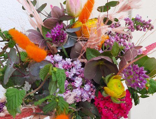Am 10. Mai ist Muttertag! Schenke Blumen…